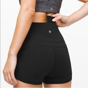 Lululemon Black In Movement Shorts size 4